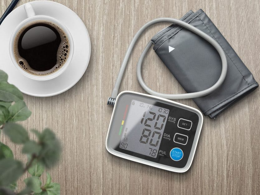 3 utg. av I FORM + Digital blodtrykksmåler
