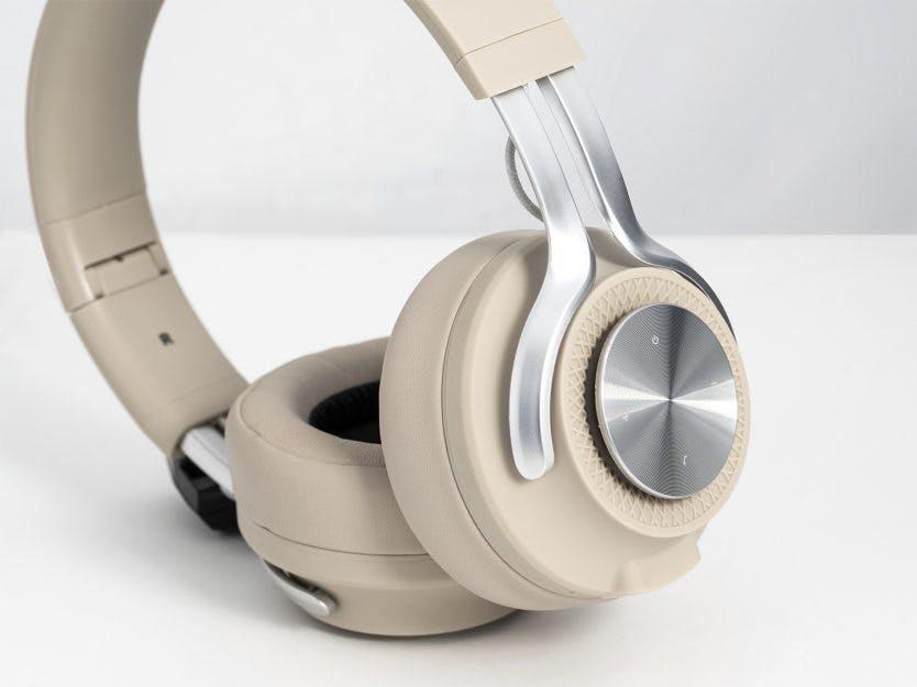 3 utg. av BO BEDRE + Nordic trådløse hodetelefoner